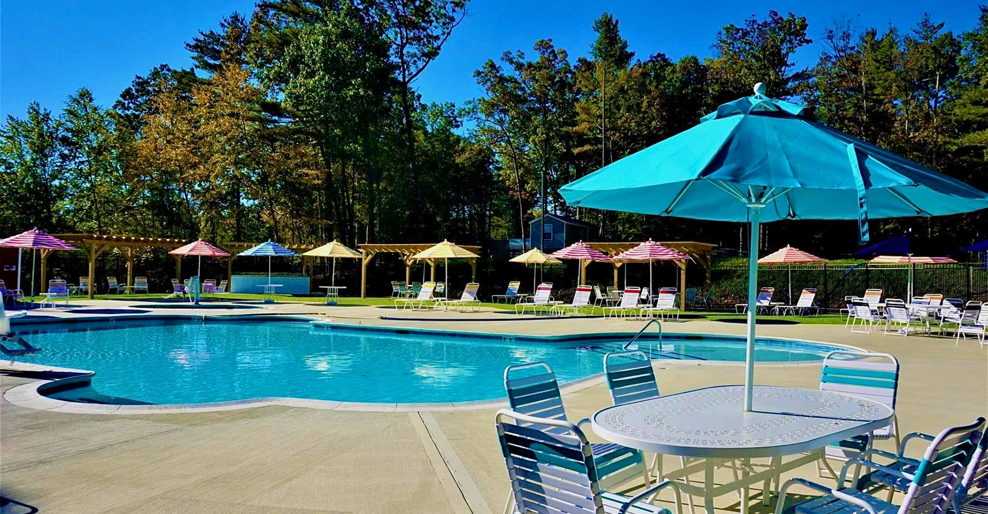 pool at Pine Lake RV resort