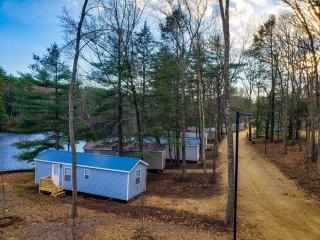 Stunning cottage locations on Pine Lake